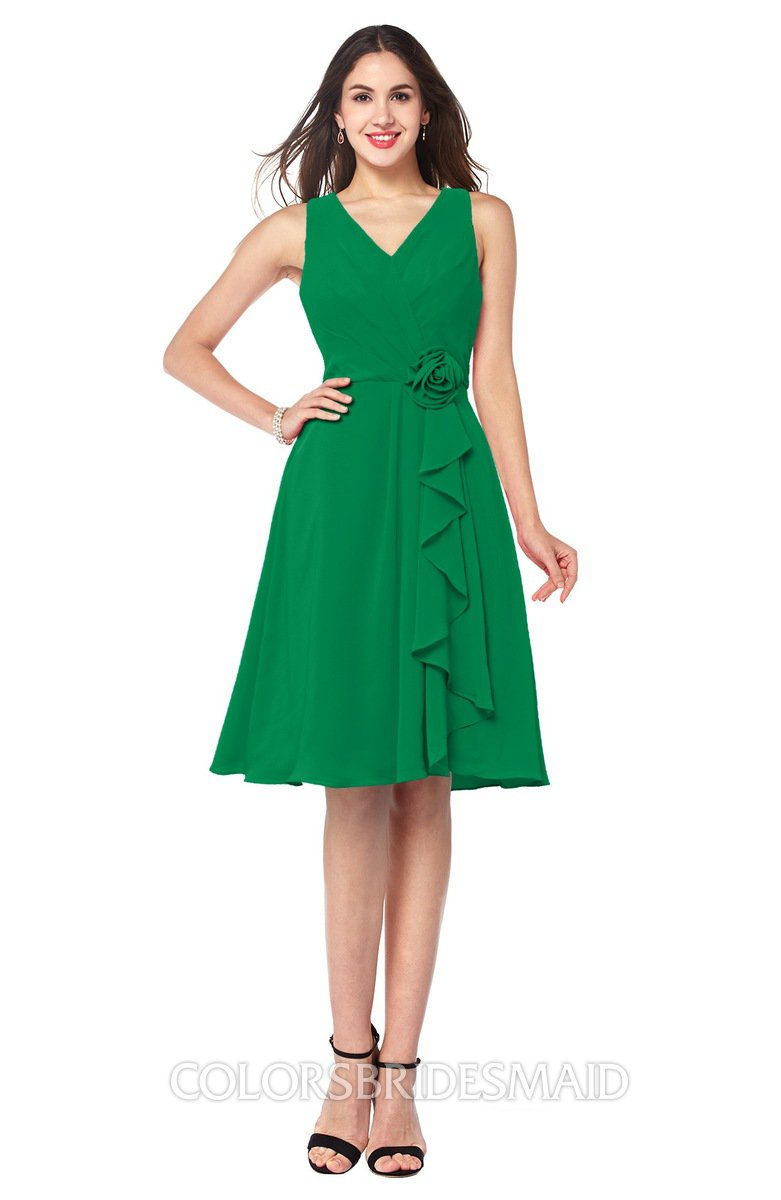 af8cfbc3288 ColsBM Melissa Green Sexy V-neck Sleeveless Chiffon Knee Length Plus Size  Bridesmaid Dresses