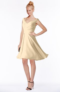 ColsBM Chloe Apricot Gelato Classic Fit-n-Flare Zip up Chiffon Knee Length Ruching Bridesmaid Dresses