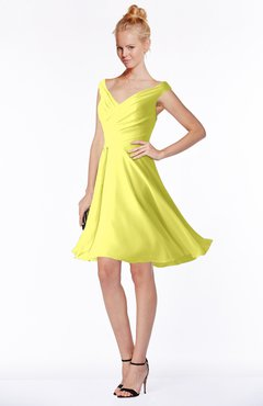 ColsBM Chloe Pale Yellow Classic Fit-n-Flare Zip up Chiffon Knee Length Ruching Bridesmaid Dresses