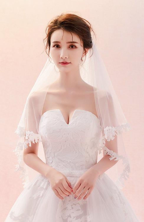 ColsBM V95035 White Wedding Veil 95035
