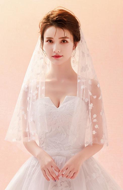 ColsBM V95037 White Wedding Veil 95037