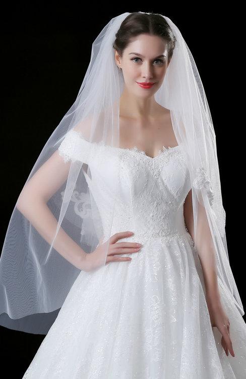 ColsBM V95039 White Wedding Veil 95039