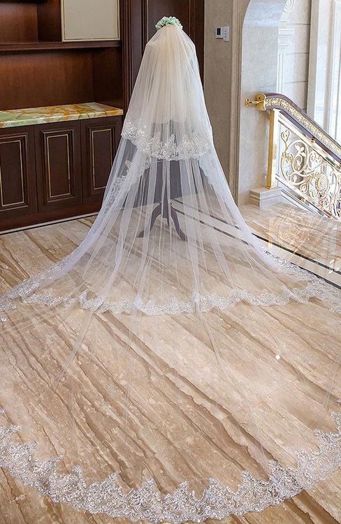 ColsBM V95040 Ivory Wedding Veil 95040
