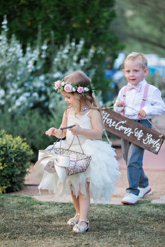 Flower childern for Dusty blue and Blush wedding