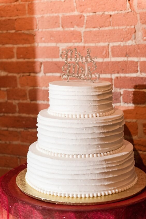 Weddng cake for Black, White and Grey December Wedding 2020