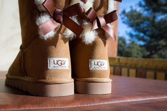 brown boots for february wedding colors 2022 black tangerine and brown colors