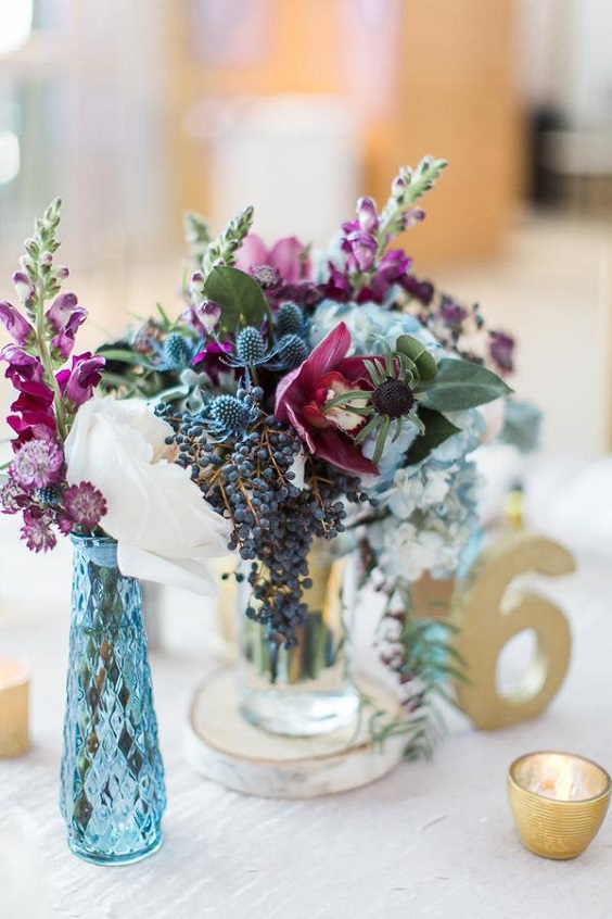 centerpieces for june wedding colors 2022 raspberry and blue