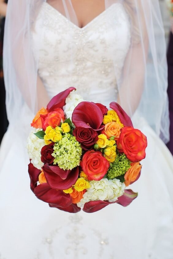 yellow and purple rose bouquet for fall wedding colors 2022 purple and yellow