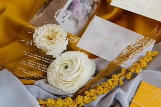 yellow and white centerpieces for fall wedding colors 2022 purple and yellow