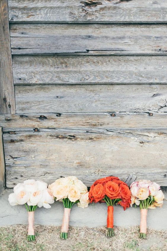 wedding bouquets for spring wedding colors 2022 coral peach sage colors