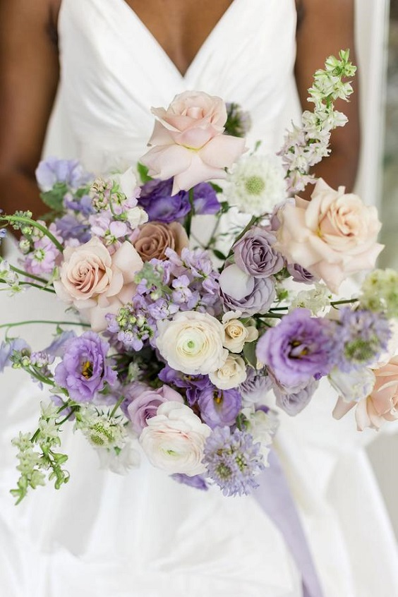 lilac and lavender bridal bouqets for spring wedding colors lilac lavender white colors
