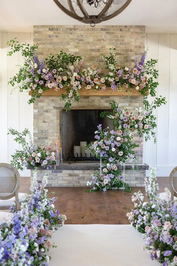 lilac and lavender wedding flowers arangement for spring wedding colors lilac lavender white colors