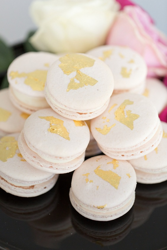 white wedding macaroons for spring wedding colors 2022 black white pink colors