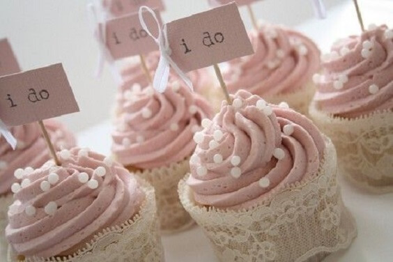 Wedding cupcakes for Mauve March wedding
