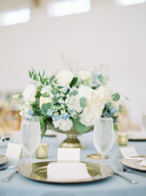 floral table centerpiece for spring ice blue wedding 2
