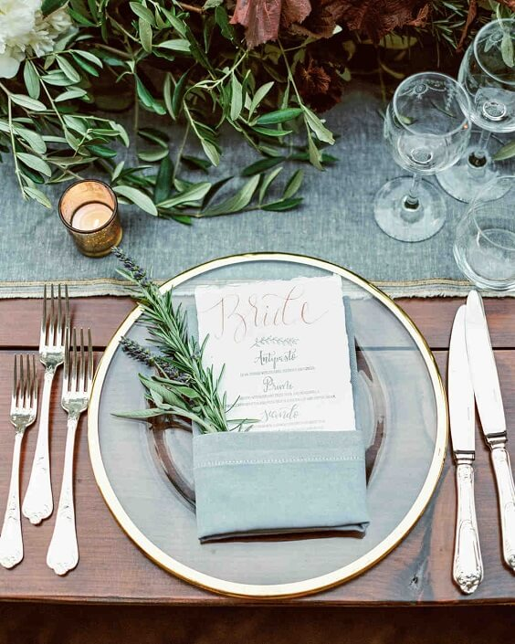dusty blue tablecloth and napkin for spring dusty blue wedding
